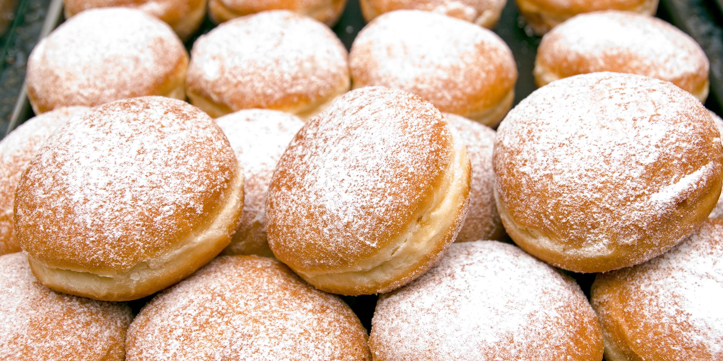 Kids' Saturday Workshop - Wayne Thiebaud Donuts, September 18 Image