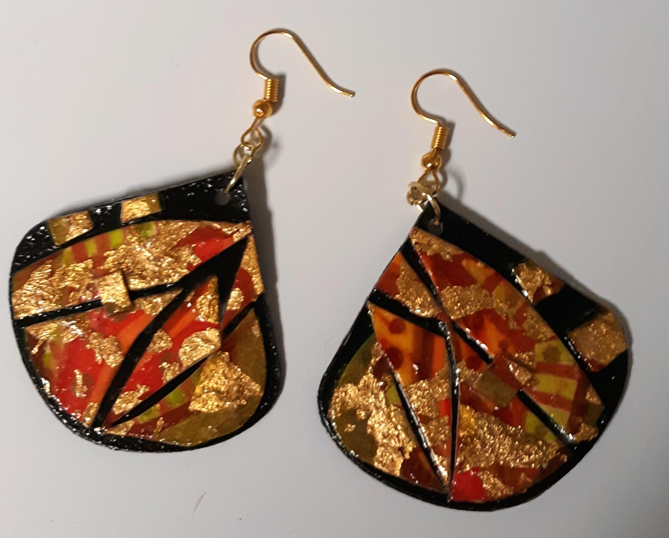 Red Barn Studio with Vada Baker - Watercolor Mosaic Leaf Earrings November 7 Image